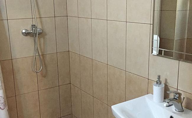 grup sanitar camin de batrani